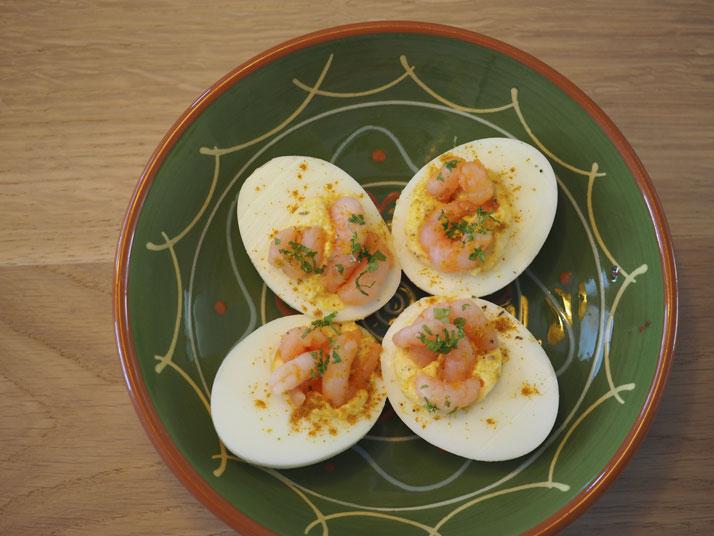 gevulde eitjes met kerrie en garnalen - tempting flavours