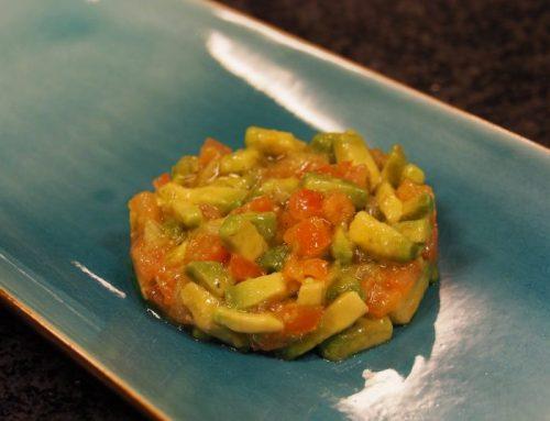 Tomaten-avocado salsa