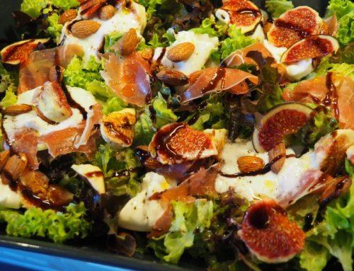 Salade met verse vijgen en parmaham