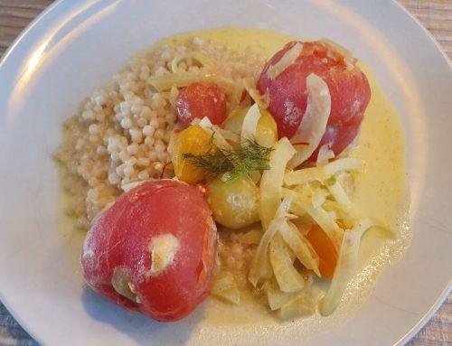 Tomaten-venkel curry met parelcouscous