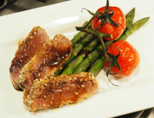 Voorgerechtje met tonijn en asperges